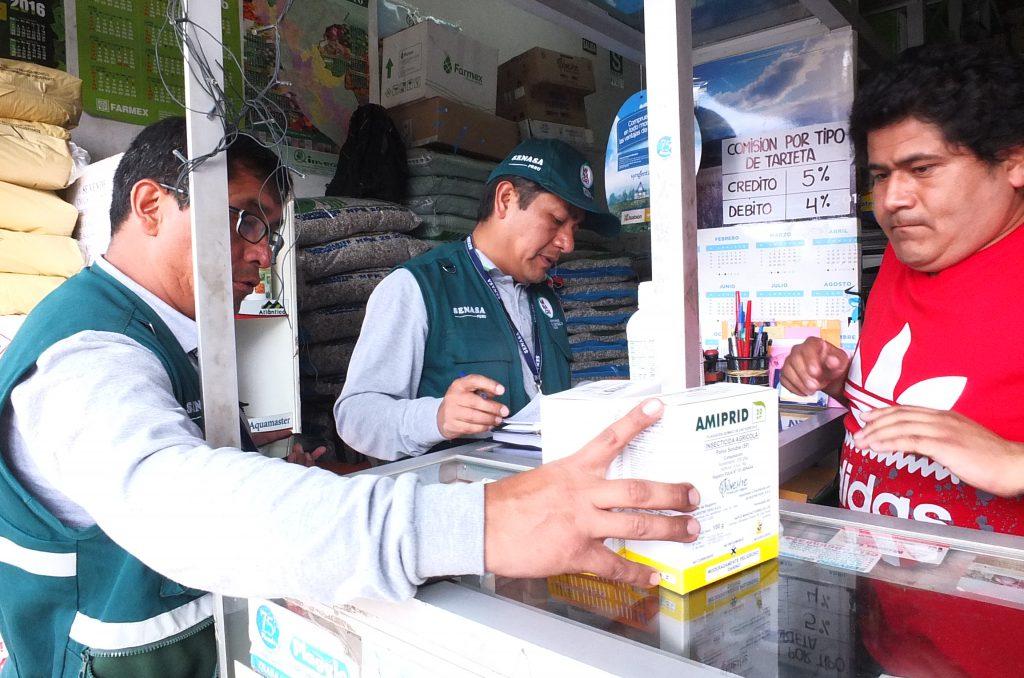 Senasa realiza verificación de la calidad de plaguicidas de uso agrícola