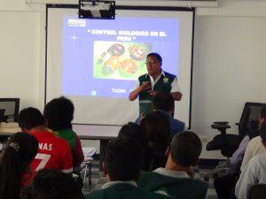 Senasa Tacna forma evaluadores de plagas