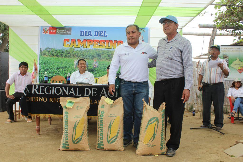 Senasa atendió a productores afectadores por Niño Costero en el día del campesino