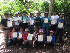 Senasa - Caficultores se graduan como expertos en MIP Cafe
