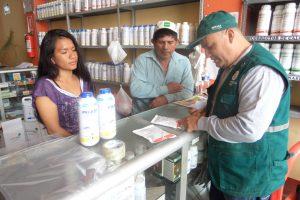 Senasa colecta muestras de plaguicidas en establecimientos autorizados